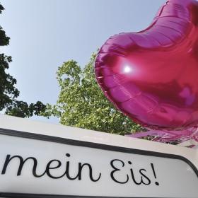 Schild-mit-Ballon_thumb